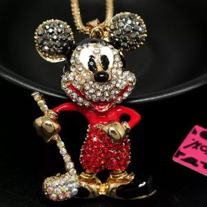 NWT MICKEY MOUSE NECKLACE